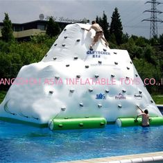 China El juego inflable durable del agua juega/iceberg flotante inflable fábrica